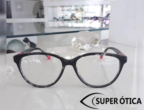 Eu sou óculos com charme: